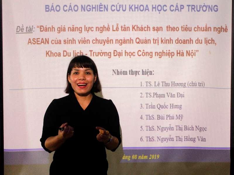 Nghiệm thu đề tài NCKH cấp trường do TS. Lê Thu Hương chủ nhiệm