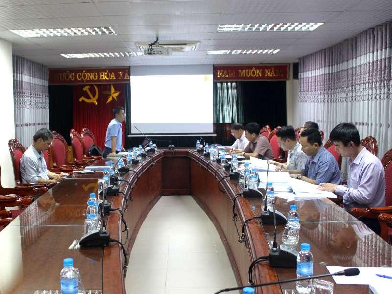 Nghiệm thu đề tài NCKH cấp trường do TS. Nguyễn Việt Hùng chủ nhiệm